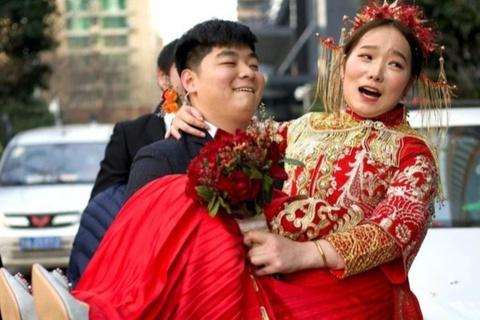 Phụ nữ '6 không' bị cấm đoán ở Trung Quốc