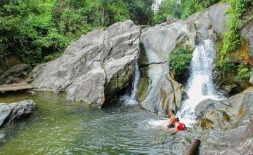 Tắm ở thác Liếp, nam sinh lớp 12 bị đuối nước