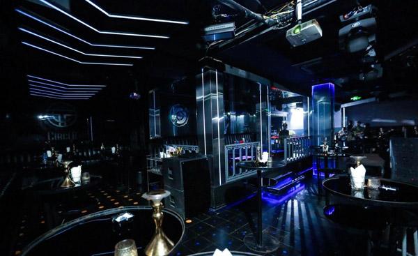 Bắc Ninh tạm dừng hoạt động quán bar, karaoke từ 3/5