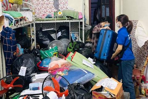 Sinh viên Đà Nẵng dọn dẹp, biến ký túc xá thành khu cách ly