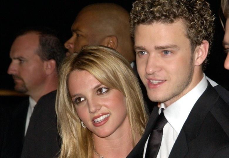 Lời xin lỗi của Justin Timberlake sau 16 năm nói xấu bạn gái cũ