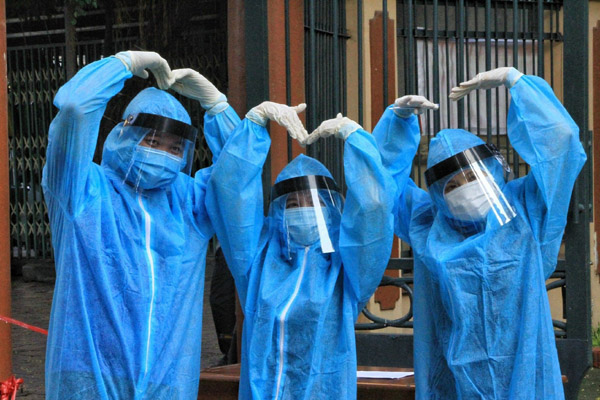 'Vaccine nghĩa tình' của người Sài Gòn giữa vùng phong tỏa