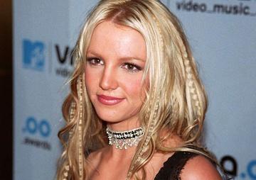Vì sao Britney Spears luôn khiến thế giới chấn động?