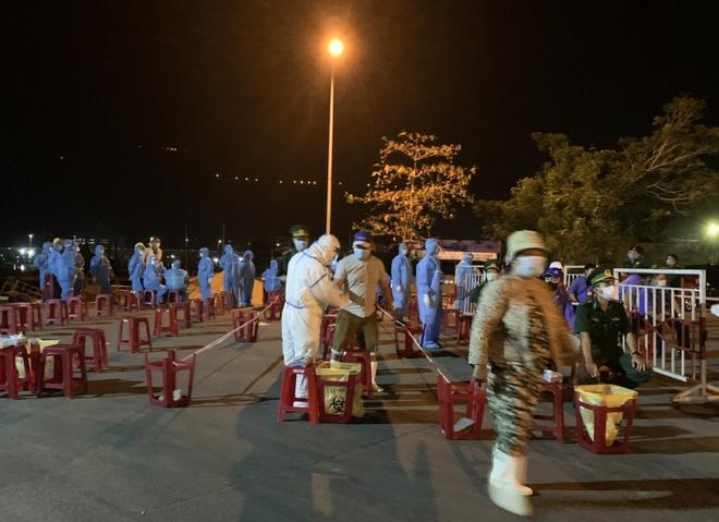 5 người bán cá dương tính với nCoV, Đà Nẵng xét nghiệm cho 1.000 dân