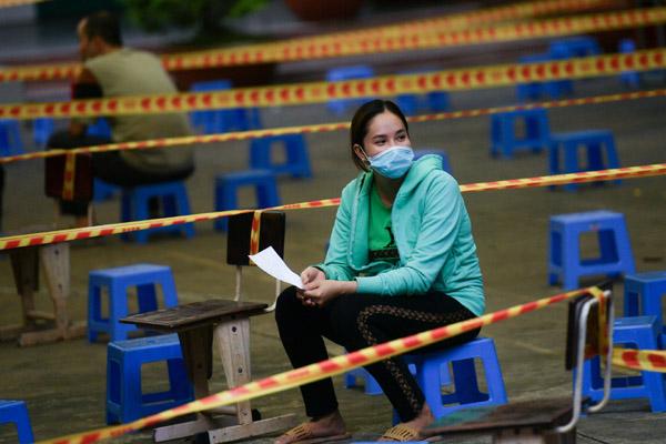 Câu hỏi về giãn cách xã hội ở TP.HCM và bài học từ Bắc Giang