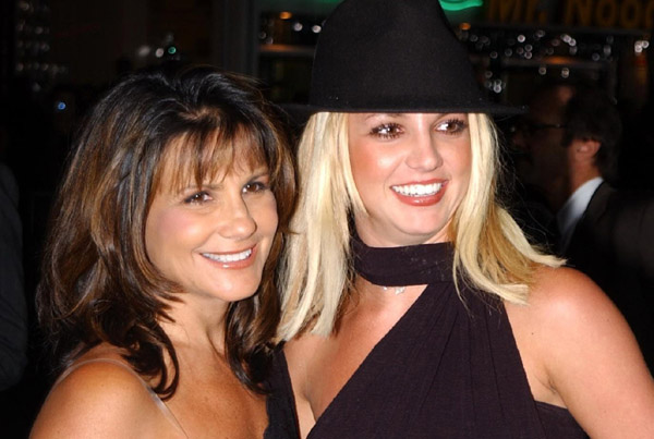 Mẹ Britney Spears lên tiếng về phiên tòa của con gái
