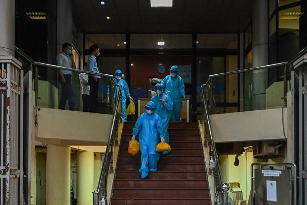 Phong tỏa hàng loạt địa điểm ở Hà Nội liên quan ca nhiễm nCoV