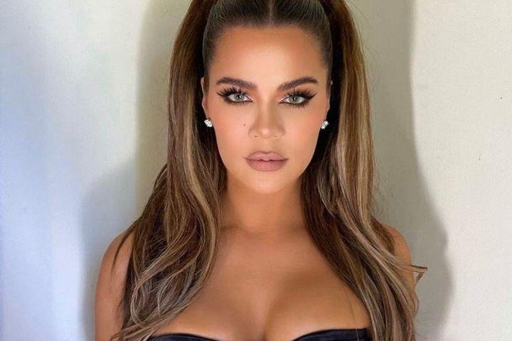Khloe Kardashian mặc cảm khi bị chê ngoại hình