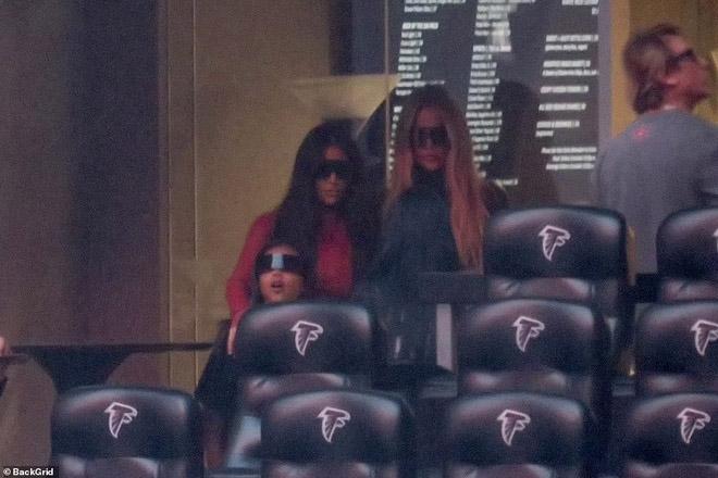 Kim Kardashian lặng lẽ ủng hộ chồng cũ