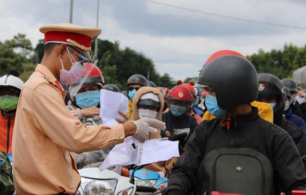 Lâm Đồng không tiếp nhận người tự đi từ vùng dịch về địa phương