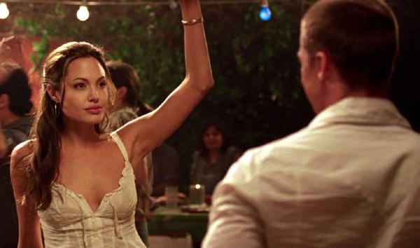 Bộ phim đưa Angelina Jolie và Brad Pitt vào bế tắc