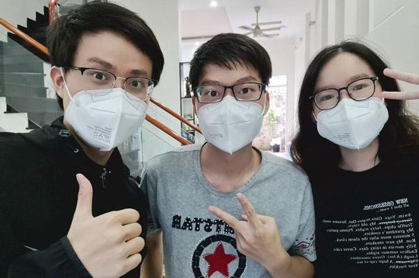 3 anh em ruột là sinh viên Y, cùng tham gia chống dịch ở TP.HCM