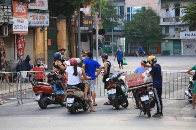Hà Nội phong tỏa 2 phường tại quận Đống Đa