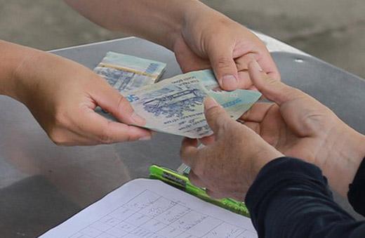 Nha Trang tiếp tục giãn cách, hộ nghèo được hỗ trợ 500.000 đồng/người