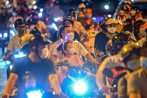 Chuyên gia: Nỗ lực chống dịch ở Hà Nội có thể đổ bể sau đêm Trung thu