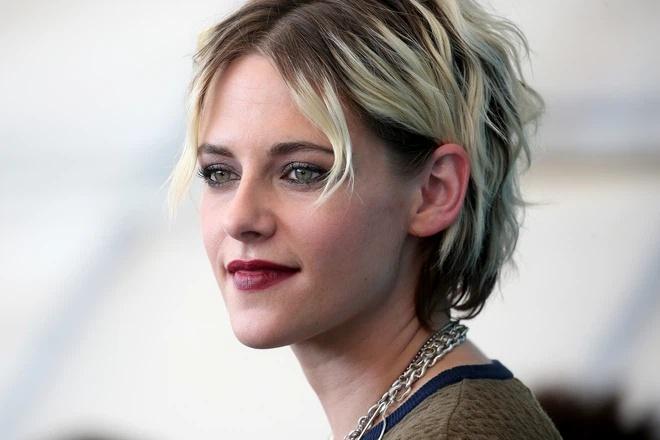 Cái khó của Kristen Stewart khi vào vai Công nương Diana