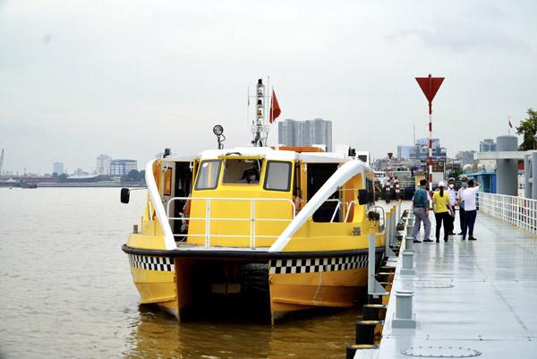 Buýt sông TP.HCM hoạt động trở lại sau 4 tháng