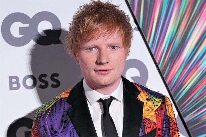 Ca sĩ Ed Sheeran mắc Covid-19