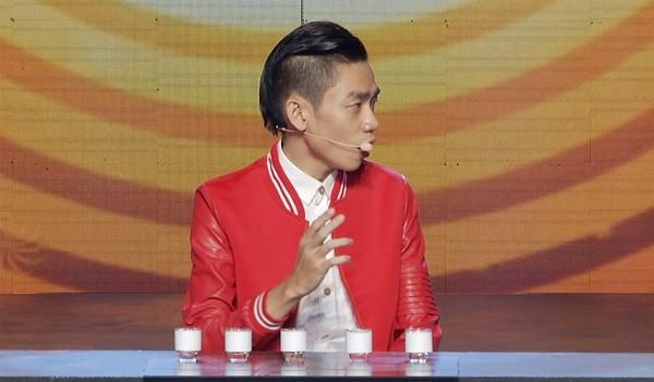 Vietnam's Got Talent: Thí sinh sơ suất uống nhầm axit trên sân khấu