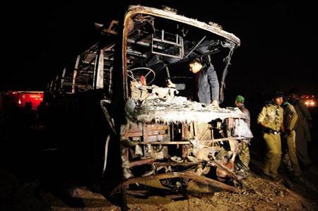 Tai nạn xe buýt thảm khốc, 57 người chết