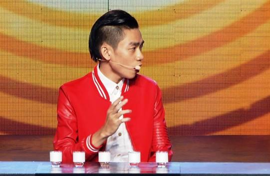 Thanh Vân Hugo bị chỉ trích vì 'câu giờ' thí sinh uống nhầm axit